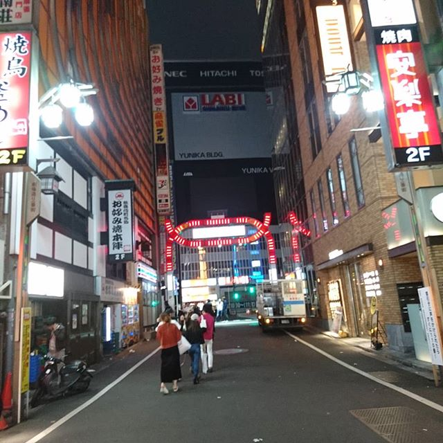 東京出張  今回は歌舞伎町を中心に活動してます。#東京 #歌舞伎町 #福岡市ポスティング #ポスティング #プロミー - from Instagram